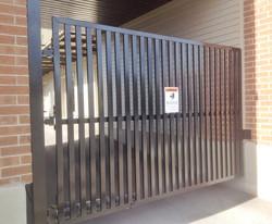 #69 | Single swing gate (parking)