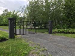 #20 | Aluminum gate