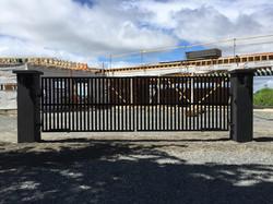 #12 | Vertical modern gates