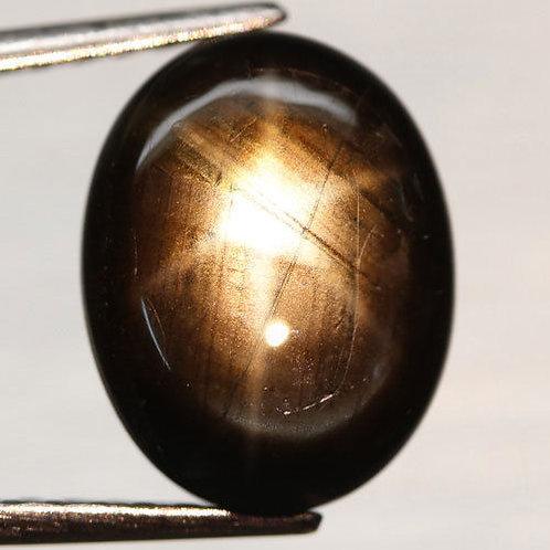 Камень звездчатый черный сапфир натуральный 7.52  карат