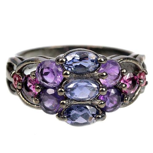 Серебряное кольцо с иолитом  натуральными