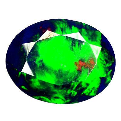 Камень чёрный опал натуральный 0.92 карат
