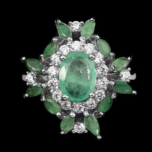 Серебряное кольцо с зеленым бериллом натуральным