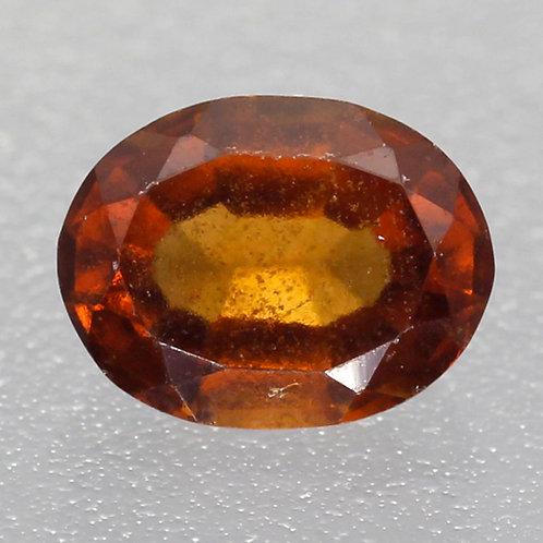 Камень Гессонит Гранат натуральный 1.65 карат