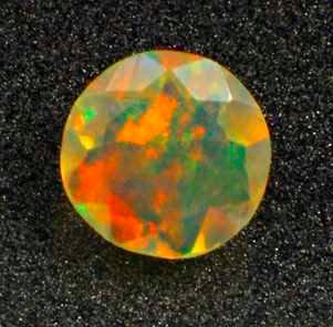 Камень RAINBOW MULTI опал натуральный 0.48 карат