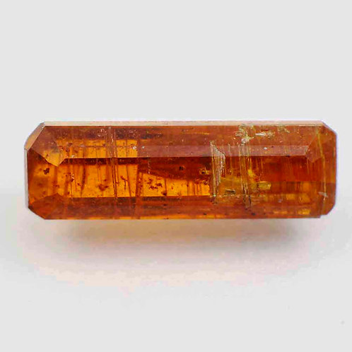 Камень кианит натуральный 1.75 карат