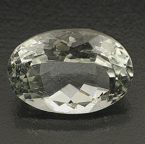 Камень Аквамарин натуральный 5.70 карат