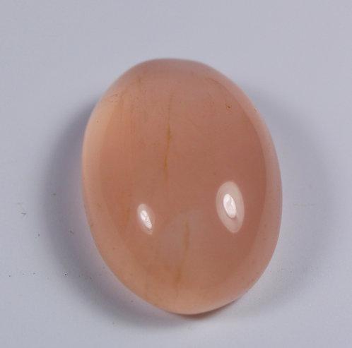 Камень розовый Кварц натуральный 21.50 карат