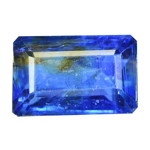 Камень Кианит натуральный 3.74 карат