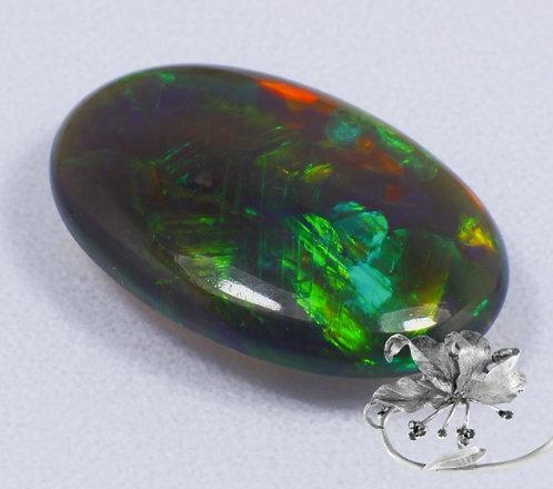 Камень черный опал натуральный 2.92 карат