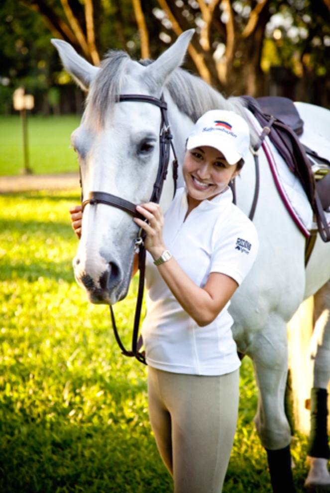 Toni and Camaya Coast (Leap of Faith's foal) for Metro Society.