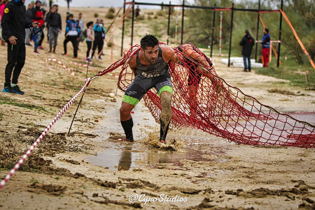 Mud and the net obstacle