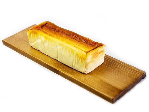 カマンベールチーズケーキ【20㎝パウンド型】