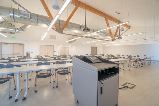 CSU Veterinary Lab built by FCI Constructors Grand Junction Architecture photography Robbie Arnold Media