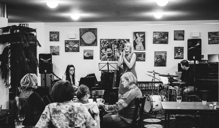Veronika & The Band - TA KAVÁRNA