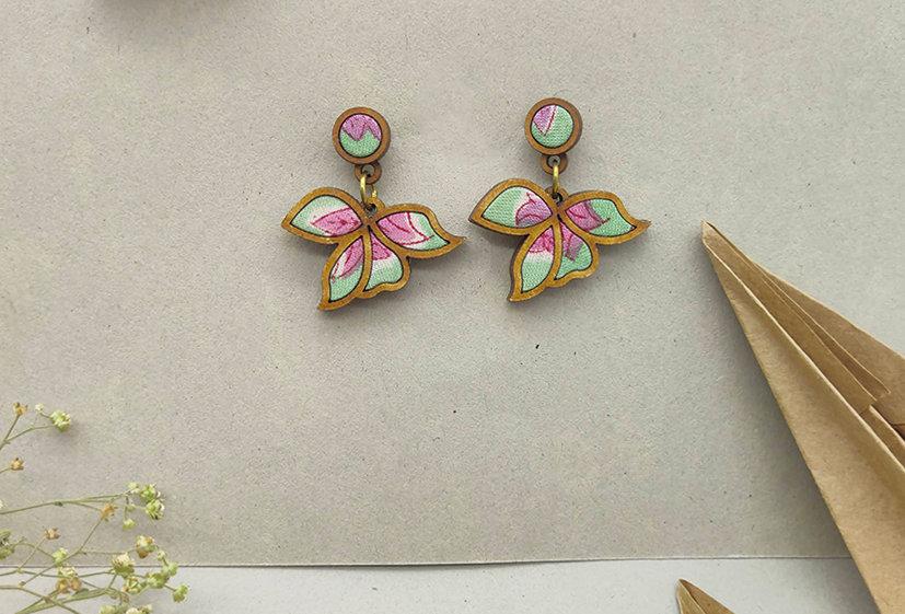 Flower Motif Repurposed Mint  Green Lavender Earring