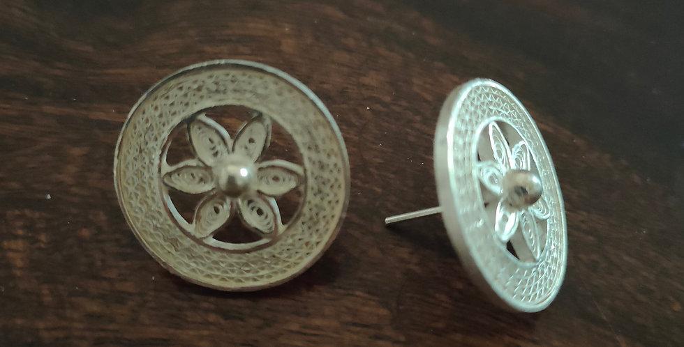 Silver Filigree Floral Stud Earrings