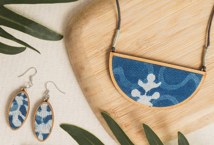 Set of Oval Blue MDF Necklace & Earring