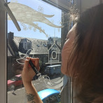 Drawing on windows using chalk markers