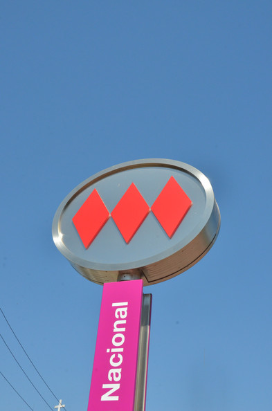 Pole with Metro logo