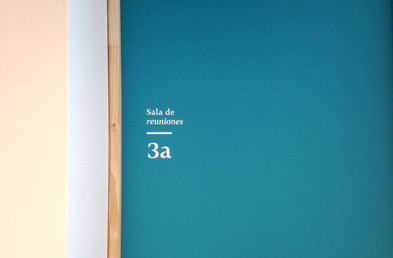 Door identifier