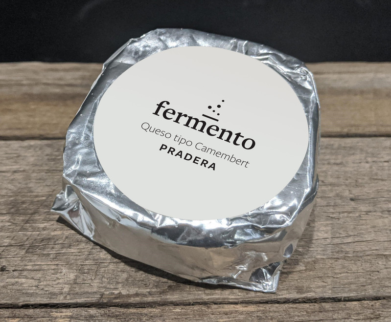 Camembert's packaging