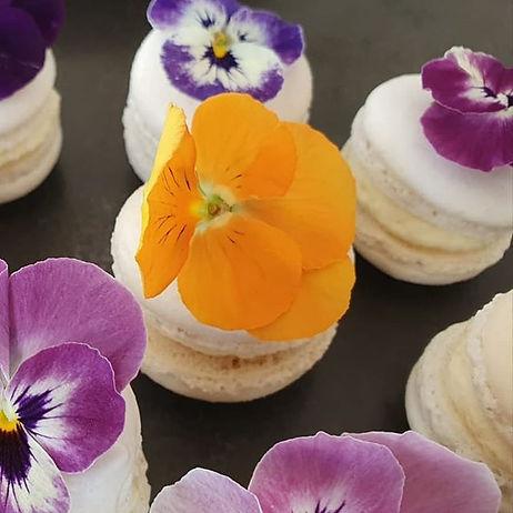 🇫🇷Nos macarons fleurissent à l'arrivée