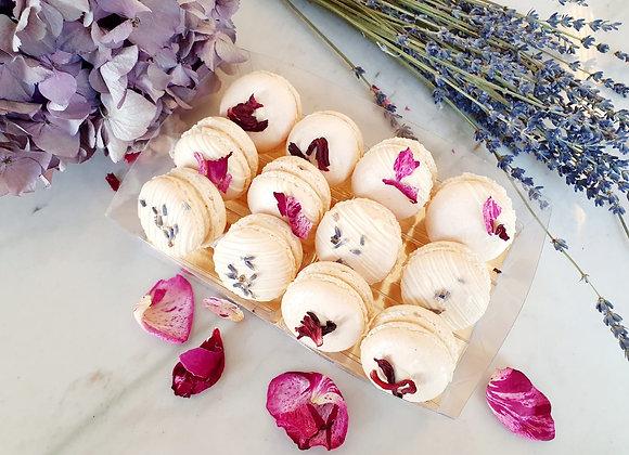 Les Macarons Floraux : Géranium, Lavande & Rose