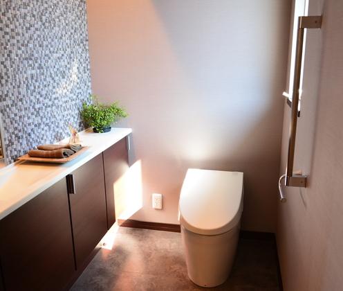 トイレの風水 トイレカバー風水 高性能トイレ