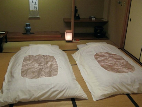 【風水】ベッドはいいのに布団の敷きっぱなしはなぜいけないの?