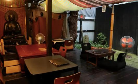 世界一クールな街下北沢 農民カフェ コンテンポラリー風水フジワラユカ