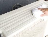 お掃除風水 エアコンの室外機の上を拭くと運気が上がる