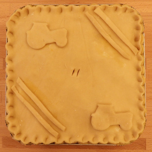Frozen Large Chicken, Leek and Bacon Pie