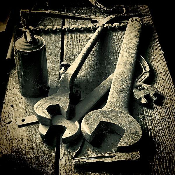 big_wrench.jpg