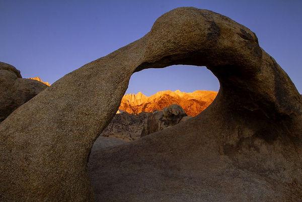 sunrise_in_the_alabama_hills.jpg