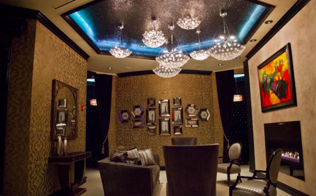 Houston-Motor-Club-Black-glitter-ceiling