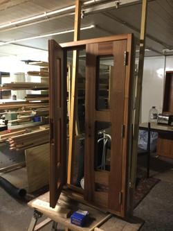 bow door construction