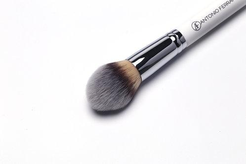 F1 -Round Foundation Brush (size L)