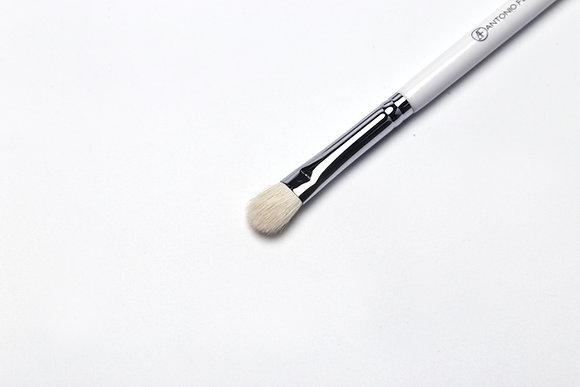 E5 - Medium Eyeshadow Brush