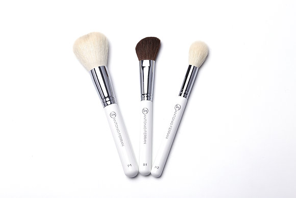 Antonio Ferran Powder Brush Set