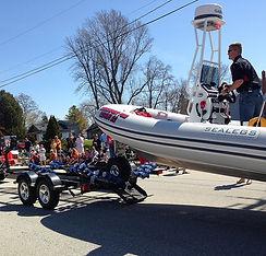 Maifest-Parade-2017-boat.jpg