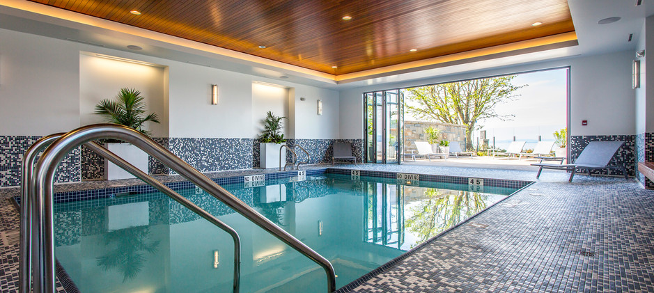 Pool, Hot Tub & Fitness Close By