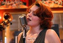 00MM-Orchestre-jazz-chanteuse-p.jpg