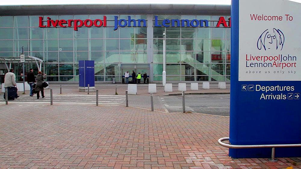 Liverpool Airport Transfer