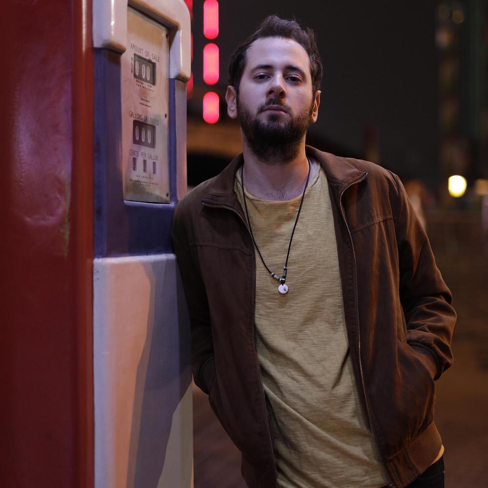 Der österreichische Singer-Songwriter Gregor Wessely alias Greyshadow.