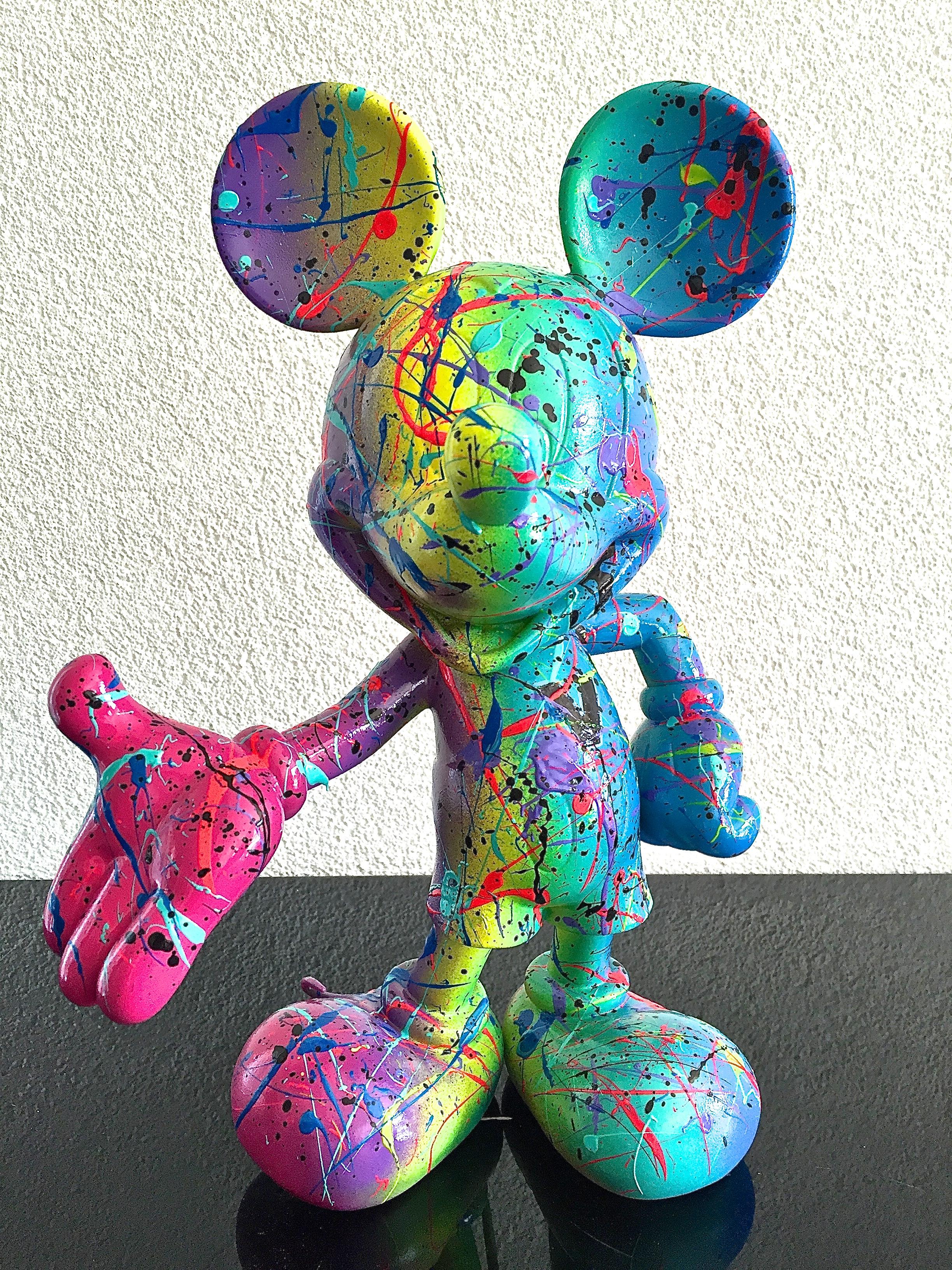 """Mickey """"LIFE IS FUN"""""""
