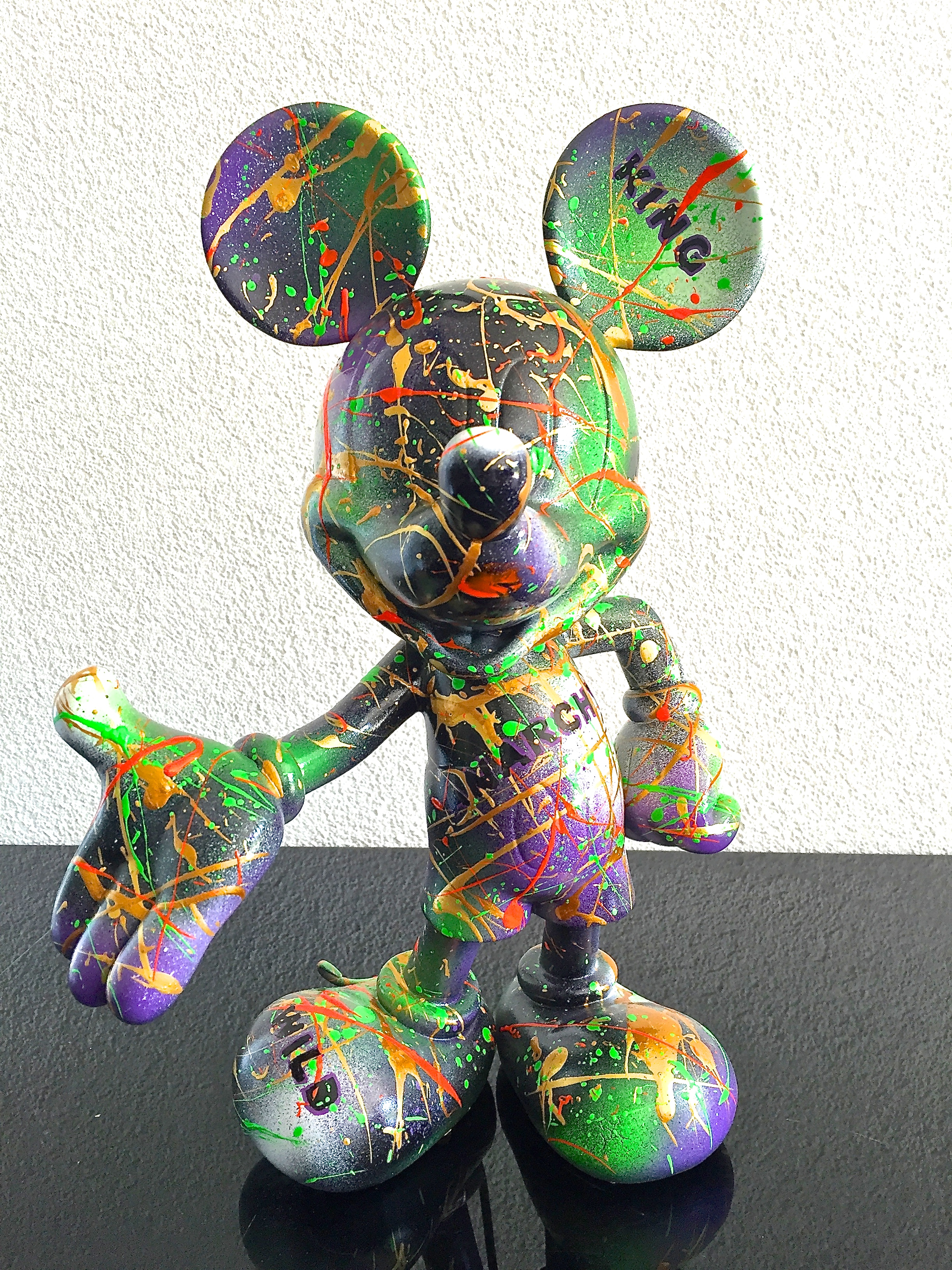 "Mickey "" ROCK N ROLL"" 30X19X15CM"