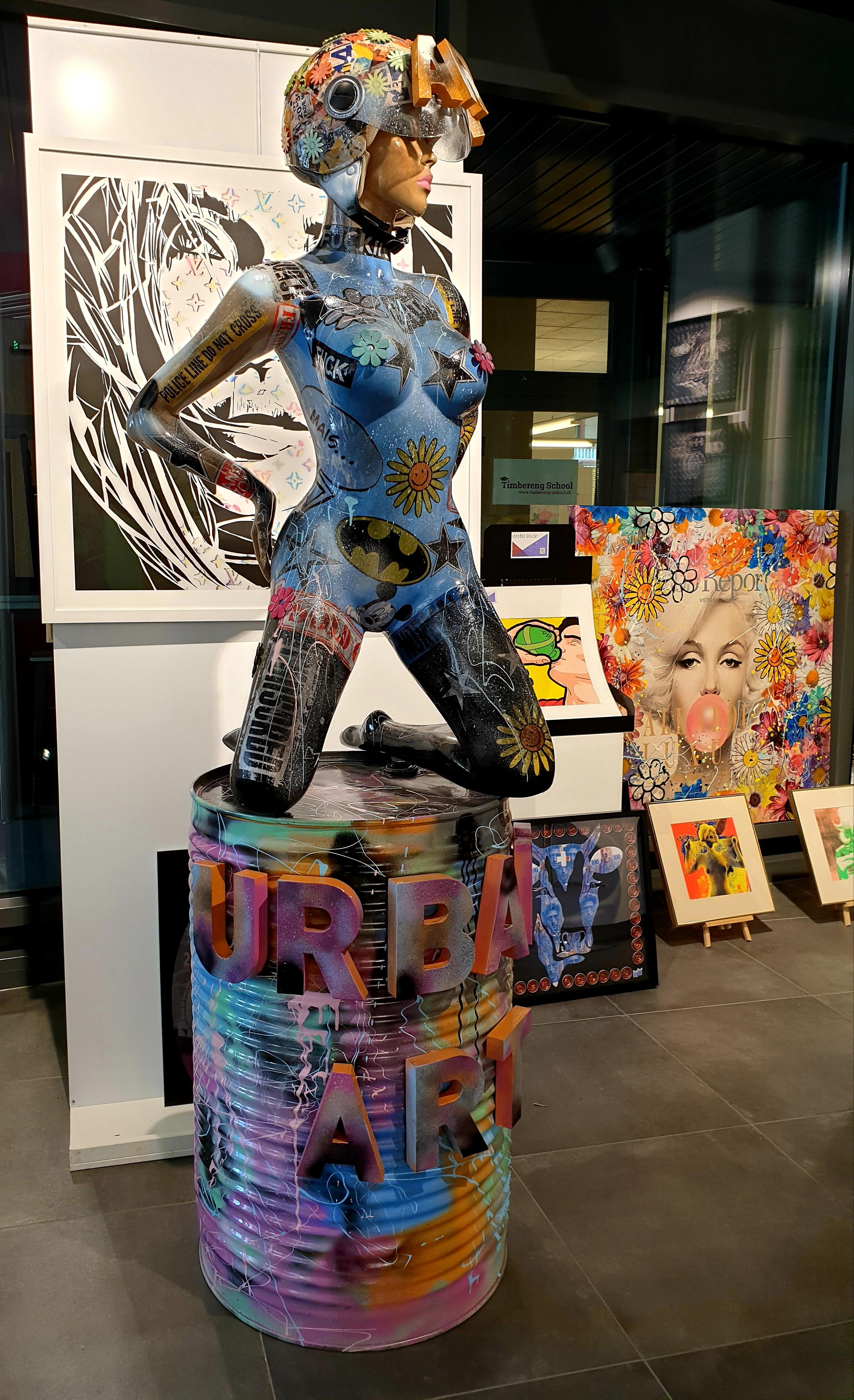 URBAN ART 215X60X60CM