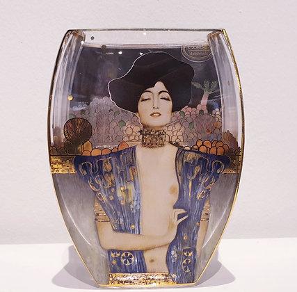 Judith I Vase