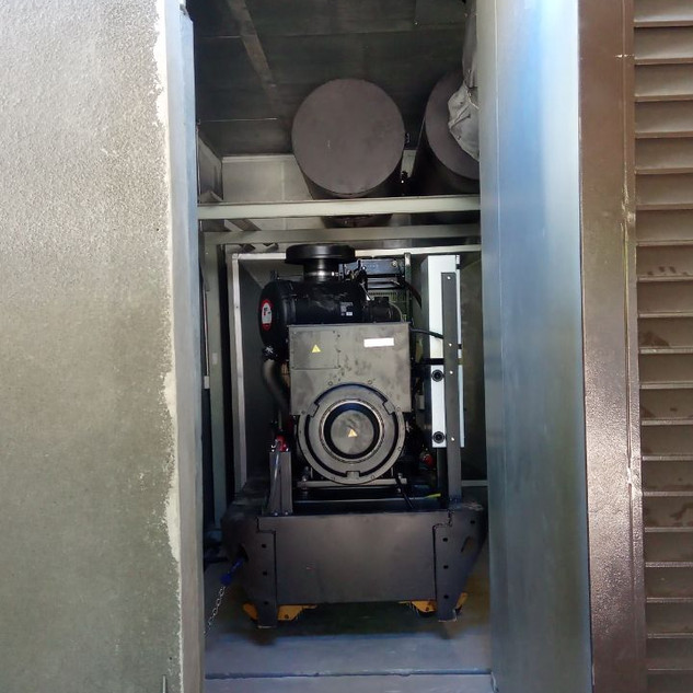 End of generator being installed